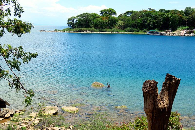マラウイってどんな国?人々が暖かく、世界遺産マラウイ湖が最高に綺麗な素晴らしい国でした!