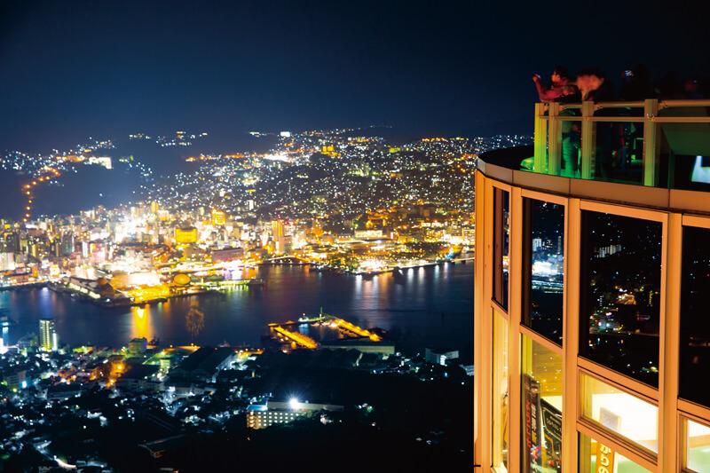 世界三大夜景にも選ばれた長崎県の稲佐山。夜景観光のコツ、撮影写真やアクセスをご紹介!