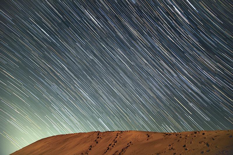 鳥取砂丘 馬の背 星と軌跡