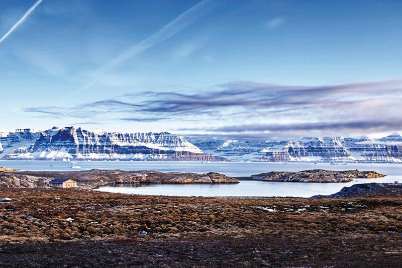 グリーンランド 氷山とフィヨルド