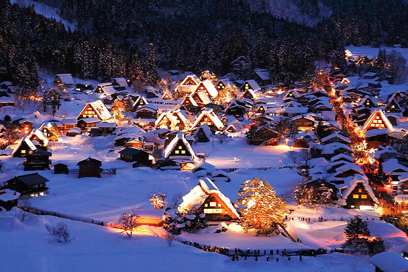 岐阜県の冬の風物詩「白川郷ライトアップ」へ行ってみよう!ポイントや注意点をご紹介