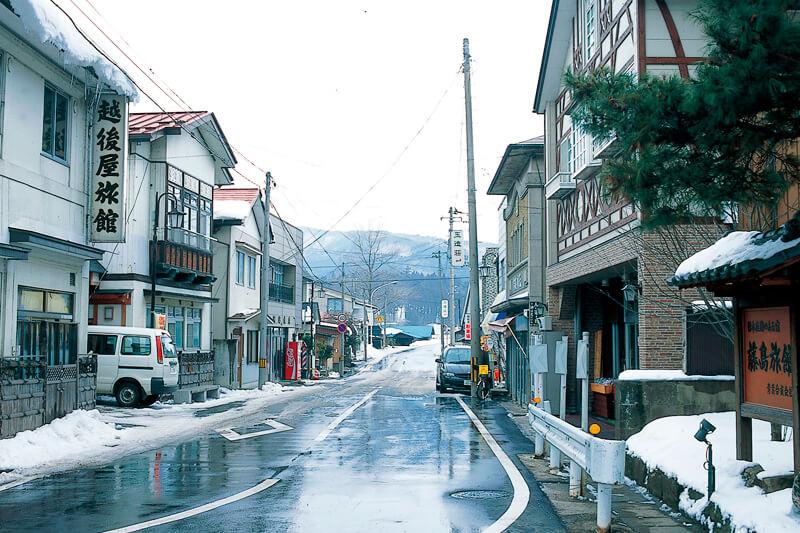 川渡温泉街 写真提供:宮城県観光課