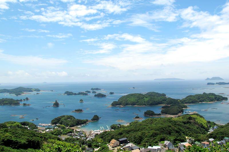 展望台からの絶景や遊覧船クルージングなど、長崎県の九十九島は見どころがいっぱい!