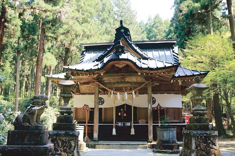 緑深い山を歩いて開運パワーをいただく!茨城県日立市「御岩神社」の魅力