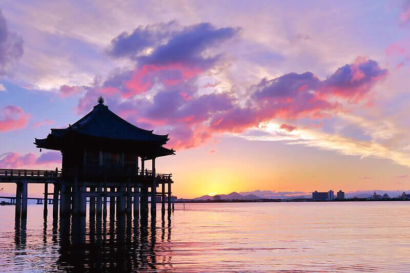 琵琶湖 大津 浮御堂の朝景