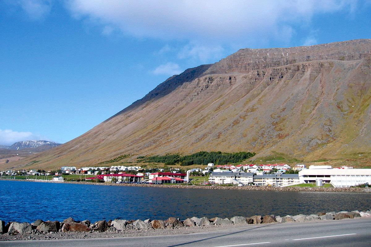 アイスランド イーサフィヨルズル