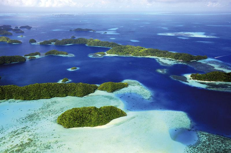 南太平洋の楽園「パラオ」 へ行こう!! 手付かずの秘境やクラゲと泳げる湖の絶景を満喫!