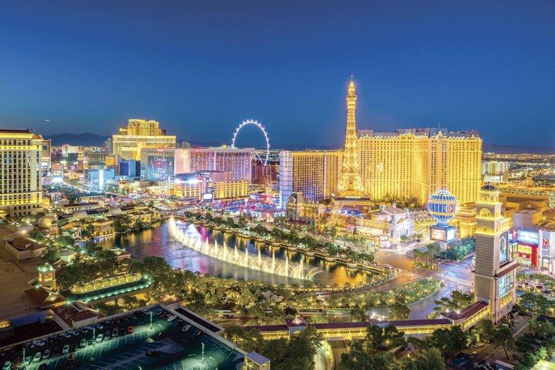 ラスベガス旅行におすすめ! 世界最大の観覧車「ハイ・ローラー」に乗って夜景をひとり占め!!