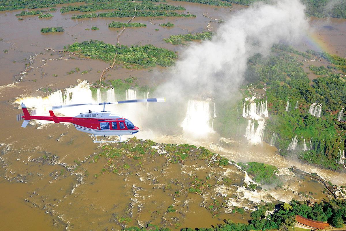 イグアスの滝 ヘリコプターツアー
