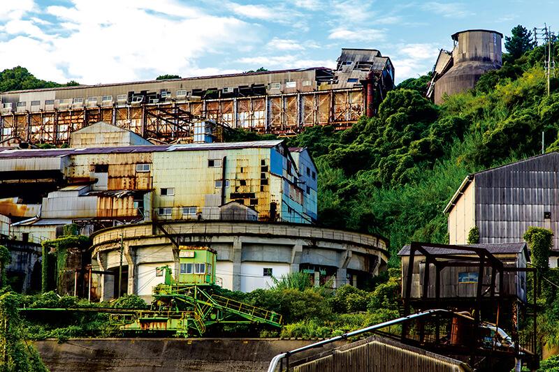 第二の軍艦島? 坑内体験もできちゃう長崎県の廃墟だらけの島「池島」