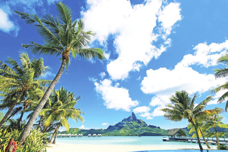 フレンチポリネシア「タヒチ」で絶景に出会う! ハネムーンで人気のボラボラ島に世界遺産も!