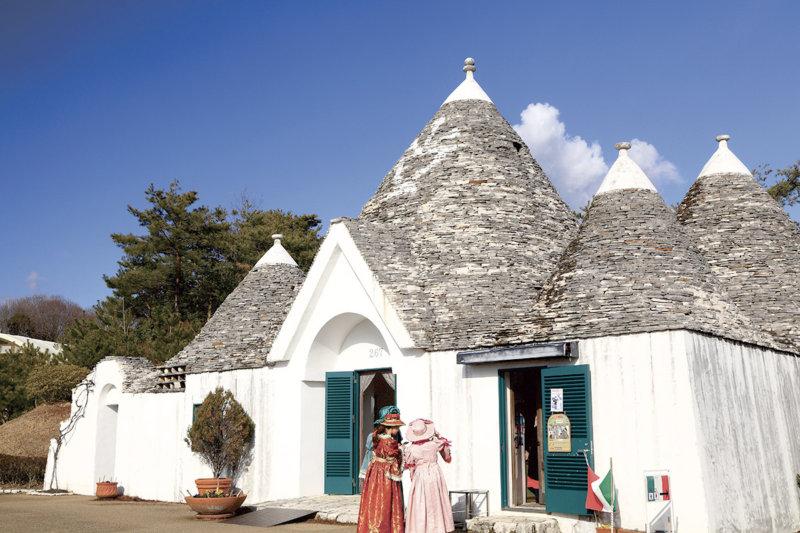 愛知県の犬山市はフォトジェニックな観光スポットがたくさん! 現存天守に世界の建物、明治時代の文化財も!!