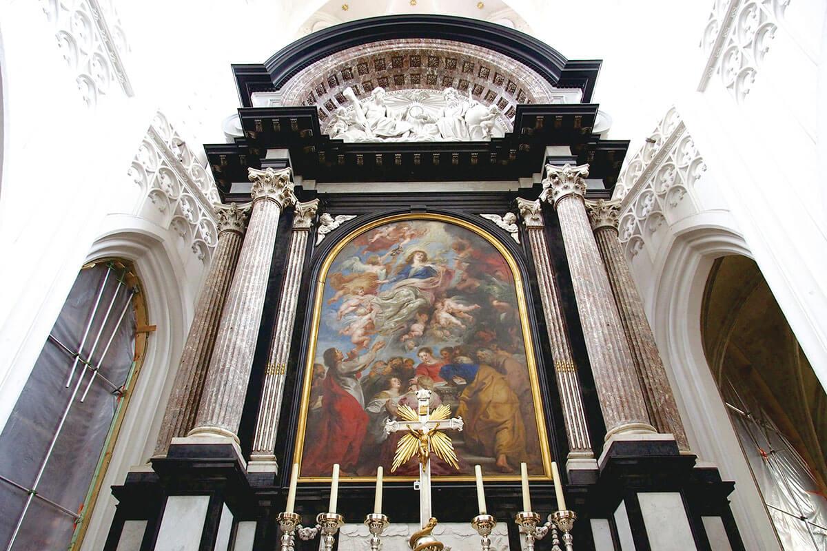 ノートルダム大聖堂 聖母被昇天