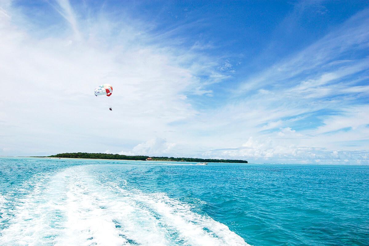 グアム ココス島 パラセーリング