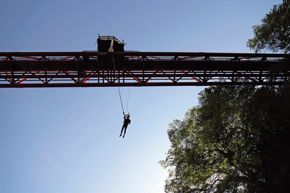猿ヶ京で楽しむバンジージャンプ