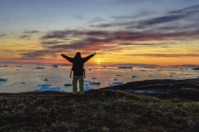 北極圏にある世界最大の島グリーンランド観光!! オーロラや白夜に氷河クルーズ、ホエールウォッチングを体験しよう!