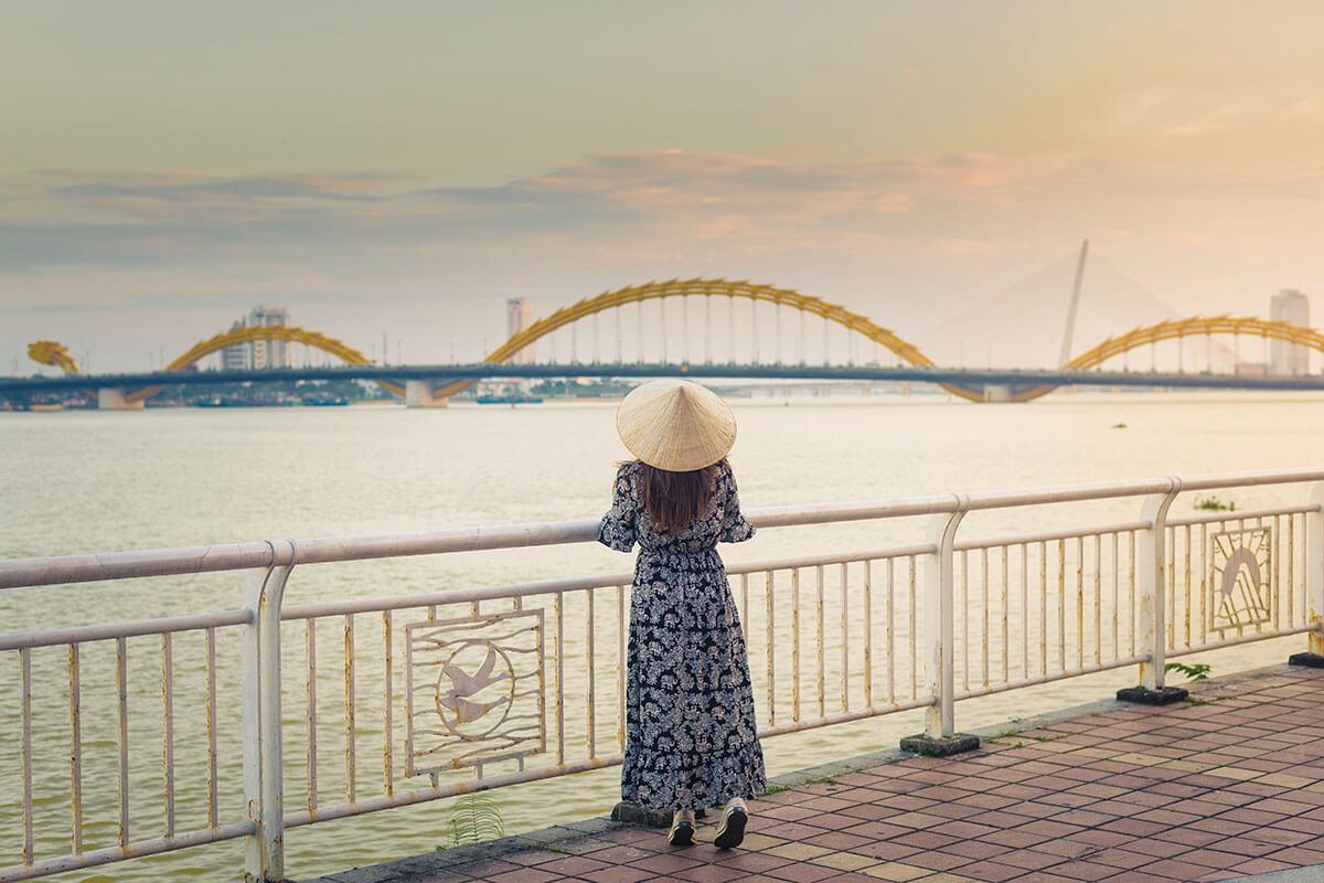 ベトナム ダナン ドラゴンブリッジ