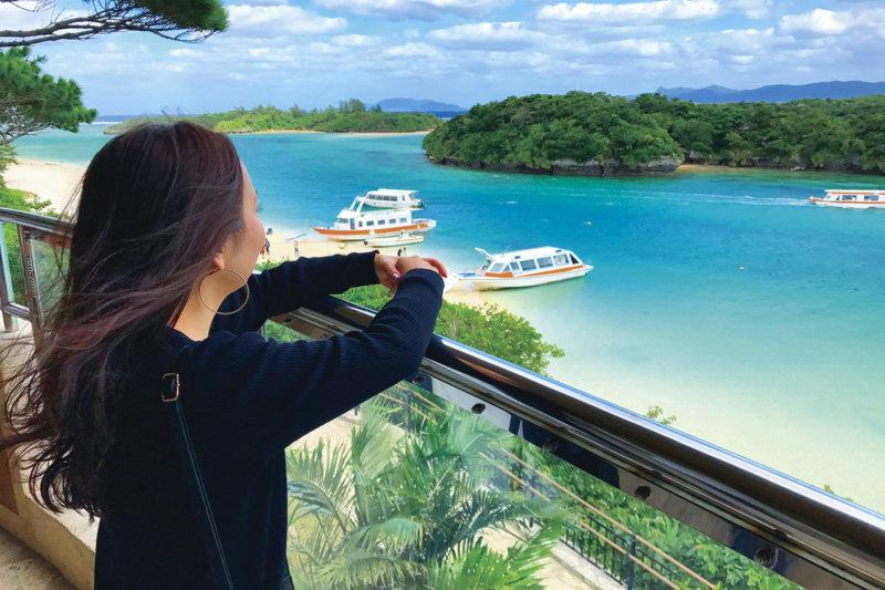 沖縄・石垣島の絶景スポット「川平湾」ミシュラン星3つの海を見に行きませんか?