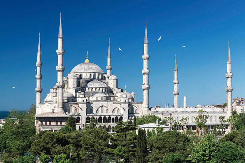 ターキッシュエアラインズ利用のトランジットなら、無料でトルコのイスタンブール市内観光が楽しめます!