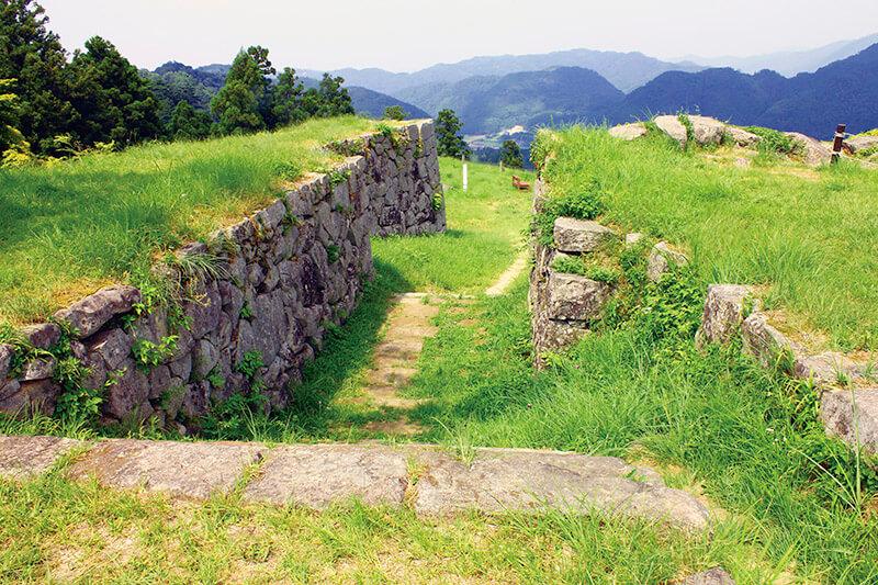 緑茂る津和野城跡