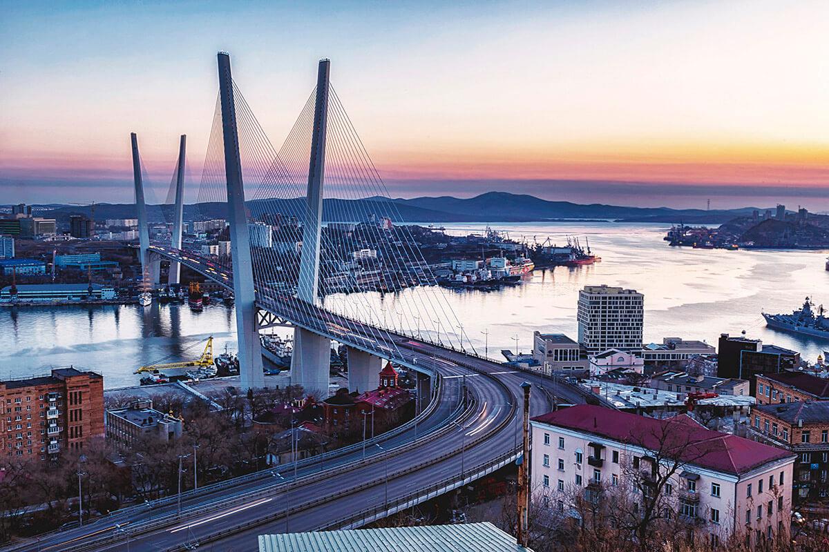 ウラジオストク 黄金橋