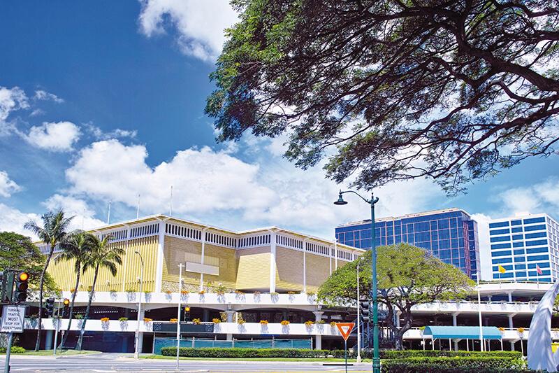 ハワイの人気買い物スポット「アラモアナショッピングセンター」へ行ってみよう!! ショッピング以外にも楽しみがいっぱい!