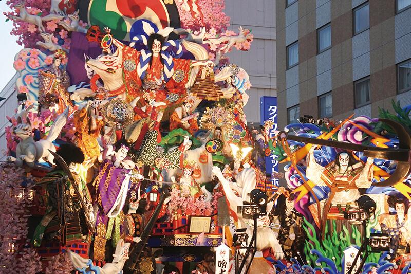 八戸三社大祭の人形