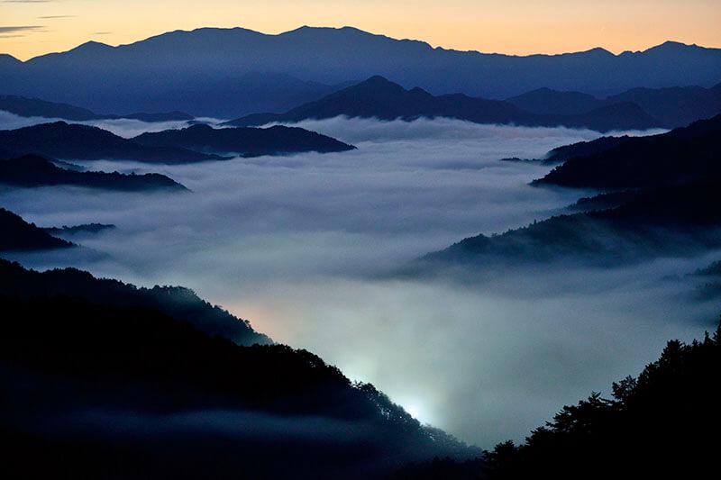 雲の上に浮かぶ秘境! 奈良県の野迫川村(のせがわむら)で雲海を見よう