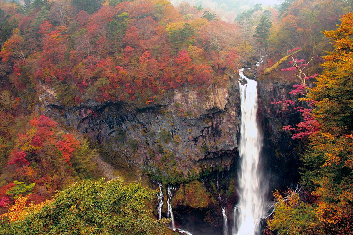 華厳の滝(秋)