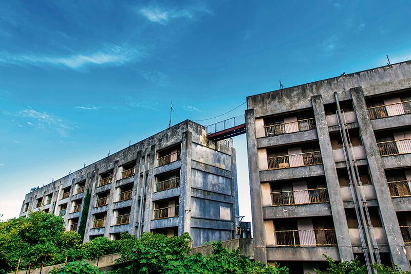 池島炭鉱跡 廃高層アパート
