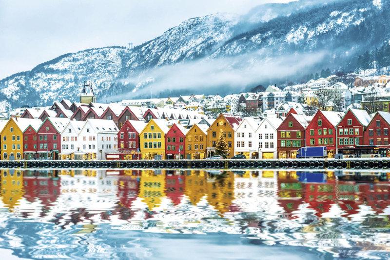 三角屋根の木造建築が可愛い!! ノルウェーの世界遺産の街「ブリッゲン」