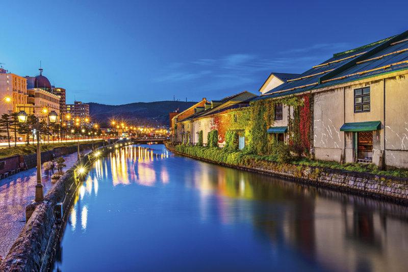 北海道旅行におすすめ! 歴史ある運河の街・小樽。美しい街並みやグルメ、夜景を楽しもう!!