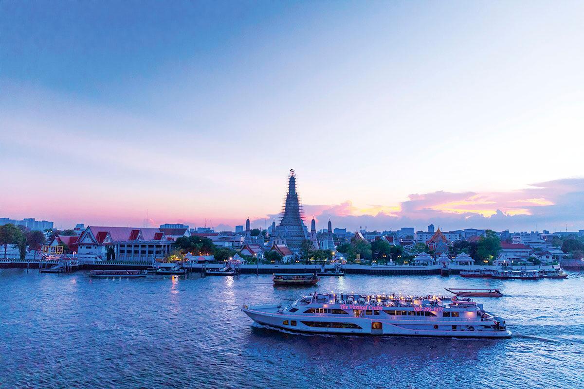 タイ バンコク チャオプラヤ川クルーズ
