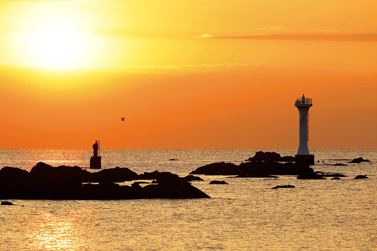 葉山 夕陽と裕次郎灯台