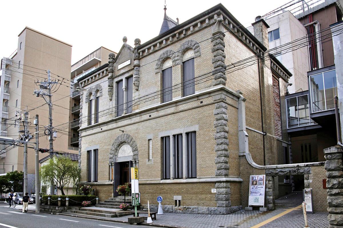 旧第九十銀行(現 もりおか啄木・賢治青春館)