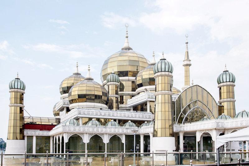 マレーシアのキラキラのモスク!! クアラトレンガヌの「クリスタルモスク」