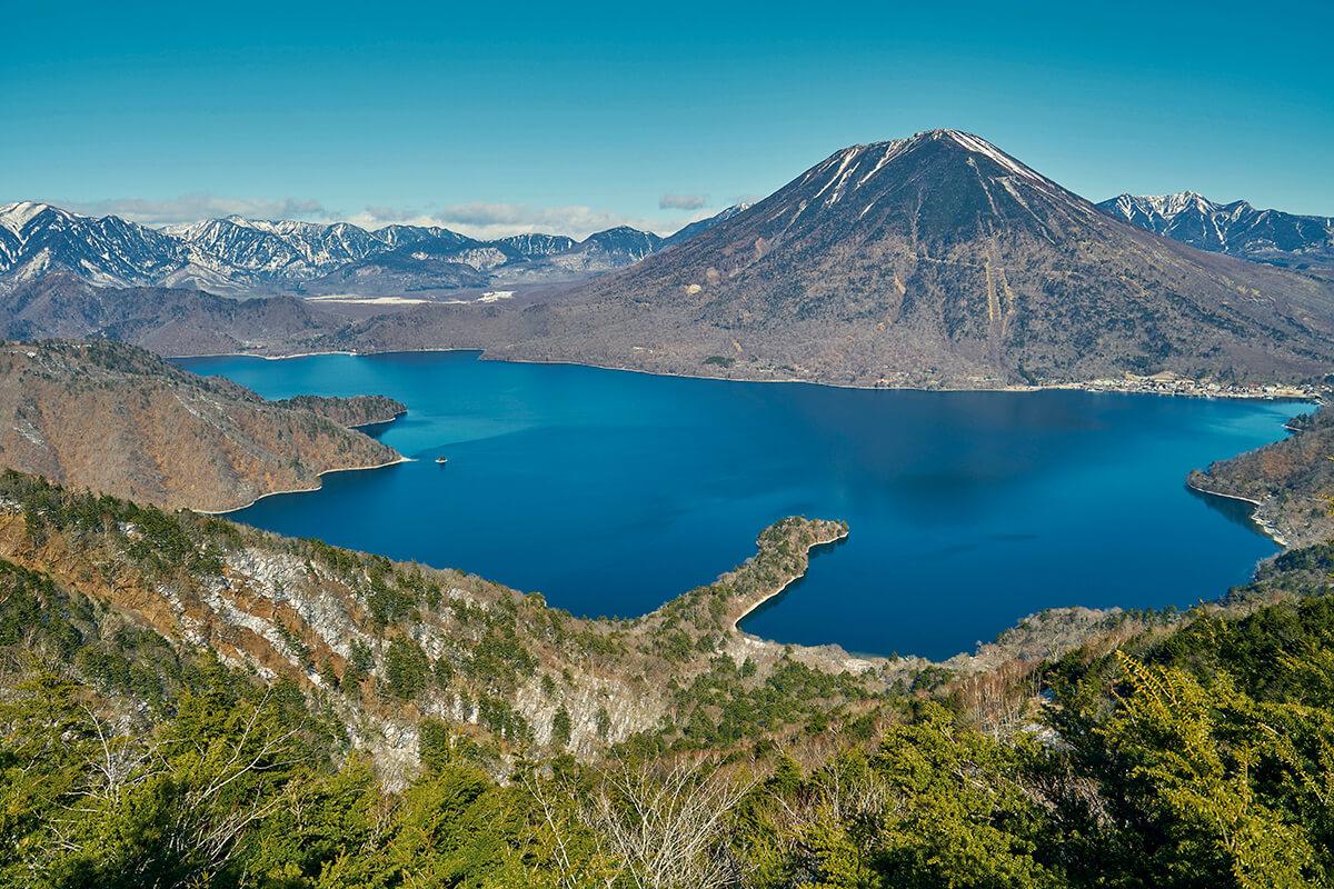 半月山展望台からの景色(冬)