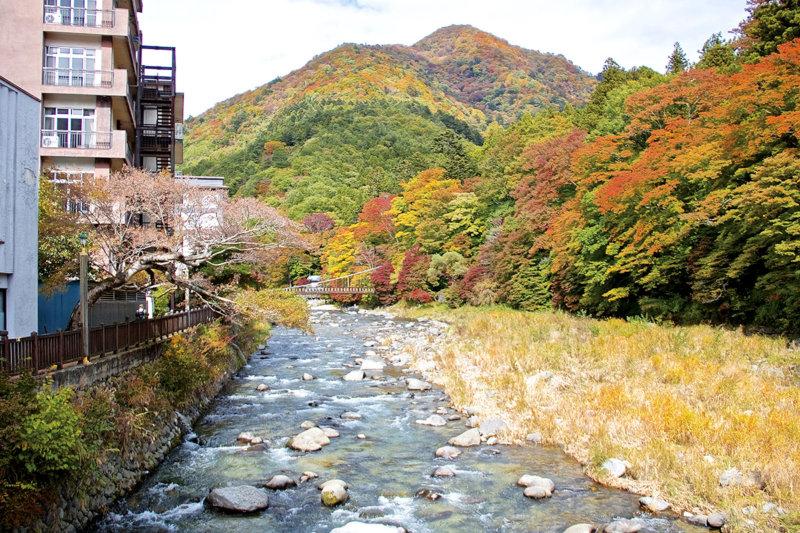 栃木県・塩原温泉郷で湯めぐりしよう!! 150以上の源泉と七色の温泉が楽しめる!