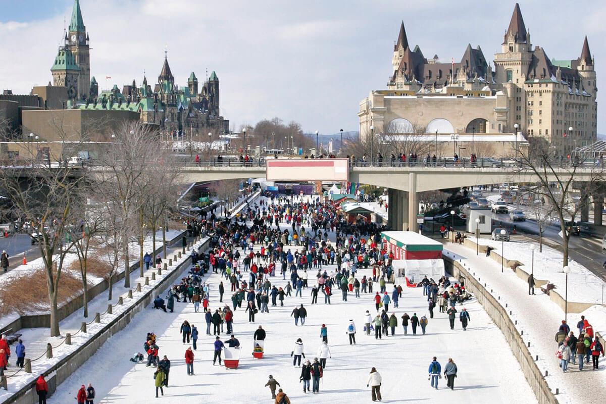 リドー運河 冬 スケートリンク