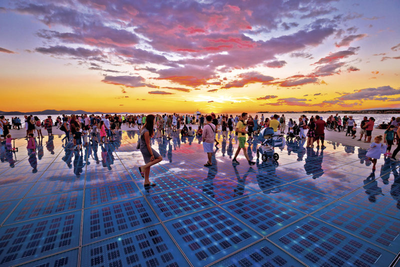 クロアチアの古都ザダルの自然が織りなす絶景。「海のオルガン」と「太陽への挨拶」を見に行こう!