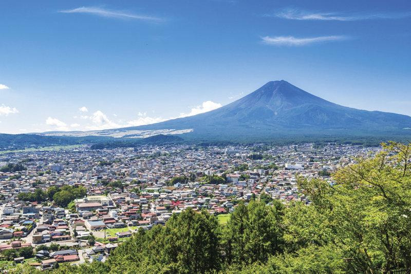 絶景がたくさん見られる! 富士山に心癒やされる山梨県・富士吉田市ご紹介