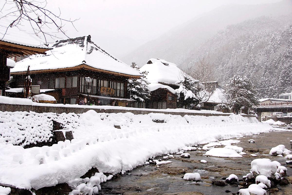 雪景色の湯西川温泉