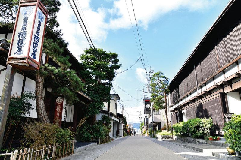 中山道・温泉の出る宿場町「下諏訪町」心も身体もほっこりする温泉と観光スポットをご紹介