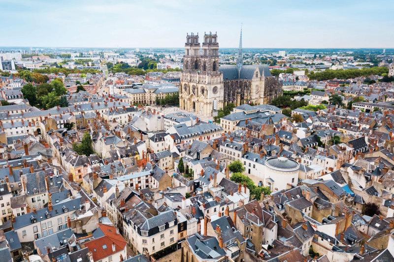 フランス・オルレアンで永遠のヒロイン、ジャンヌ・ダルクの軌跡を巡る旅