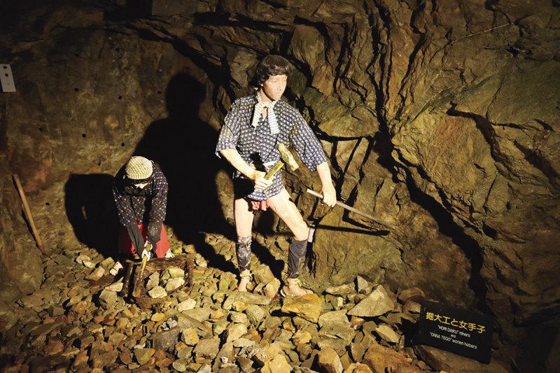 竹田城跡とのダブル観光も!! 兵庫県朝来市にある「生野銀山」で地下世界を探検!