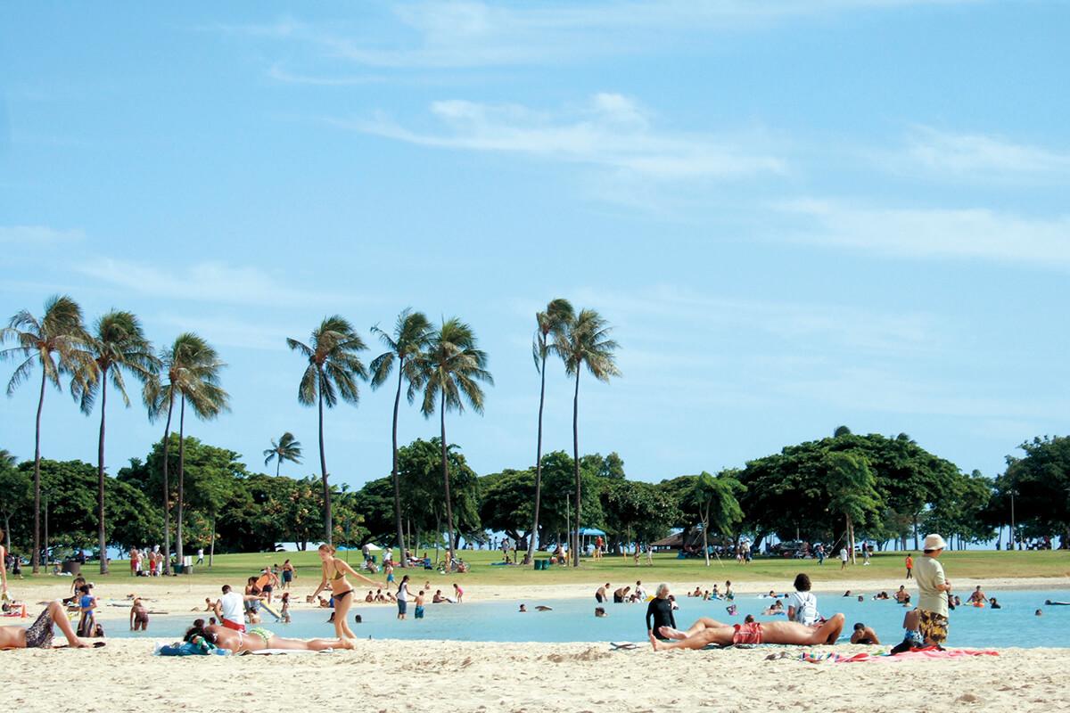 アラ・モアナ・ビーチ(Ala Moana Beach)