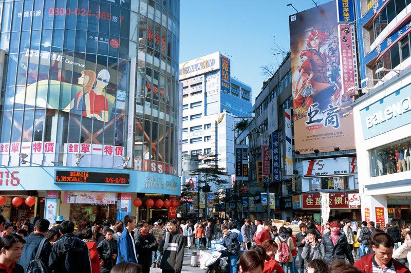 台湾トレンドの発信地「西門町」へ行ってショッピングやカフェを楽しもう!!