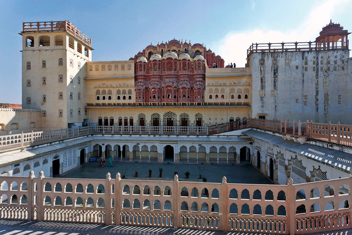 ハワー・マハル 風の宮殿
