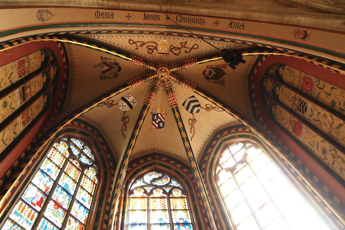 ノートルダム大聖堂の内部 天井