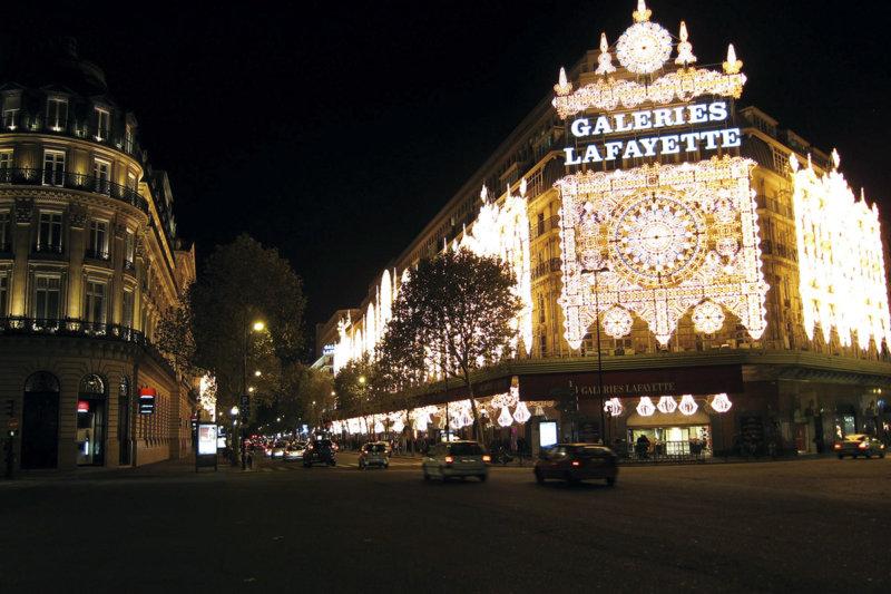 フランス旅行でおすすめ! パリ・オペラ地区の老舗デパート「ギャラリー・ラファイエット」でショッピング!